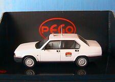 ALFA ROMEO 90 E BERLINA 2.5 TAXI DI MILANO 1988 PEGO PG1040 1/43 MILAN ITALIA