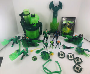 LOT OF GREEN LANTERN ACTION FIGURE AND DVD FIRST FLIGHT RARE