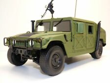 HUMMER H1 woodland SECURITY POLICE 1/18 + fusil M16 US Army