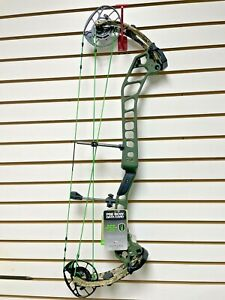 """NEW PSE EVO NTN 33 Nock On Right Hand 60# 26-31.5"""" Compound Bow"""