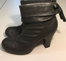 Womens Hot Kiss Dignity Faux Gray Leather Slouchy Ankle Boots Lace Up Back 9.5