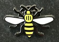 MANCHESTER WORKING BEE ENAMEL PIN BADGE YELLOW - 💕 MANCHESTER