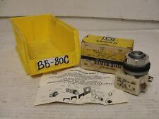 New box open, Square D pilot light without lens 9001KP1