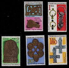 CZECHOSLOVAKIA  SCOTT# 1646-1650  MNH  ARCHAEOLOGICAL TREASURES