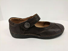 Propet Blythe Mary Jane Flat, Brown, Womens 7 Wide