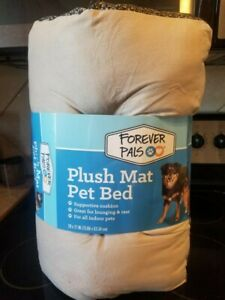 Pet Plush Mat Bed or Crate Liner 29 x 21 New Dogs Cats All Pets