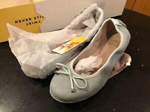 Butterfly Twists Fold Up Ballerina Shoes Mint size 5 BNIB