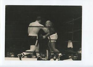 Original 1960 Floyd Patterson vs Ingemar Johansson 6 1/2 X 9 1/2 Photo Round 3