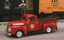 New 1/43 1948 Ford Great Northern Railroad M O W Dept. & RR Ties