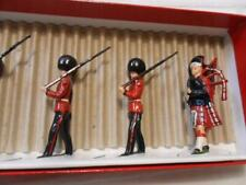 Britains Soldiers Set 75 - Scots Guards with Officer & Piper