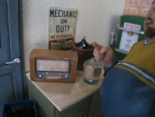 Altes Vintage Röhren Radio Bausatz Puppenstube Garage Diorama Deko Zubehör 1/18