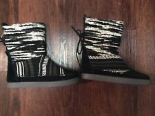 Toms Nepal Boot Suede Textile Mix Black and White Women's Boots Size 7 M