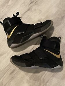 Size 10 - Nike LeBron Zoom Soldier 10 Black 2016 Nike ID