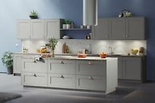 Shaker Style Smooth painted kitchen doors