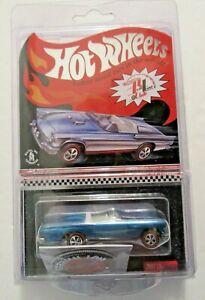 Hot Wheels 2012 RLC Classic '57 T-Bird Club Car W/Button  2134/4000