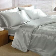 SILVER SATIN SINGLE DUVET COVER, FITTED SHEET, 2 x PILLOWCASES SET