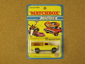 OLD VINTAGE LESNEY MATCHBOX # 57 WILD LIFE TRUCK SUPERFAST BLISTER