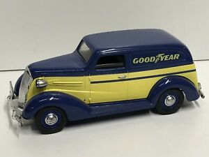 1/24 Goodyear 1937 Chevy Delivery Truck Bank Liberty Classics Limited Edition