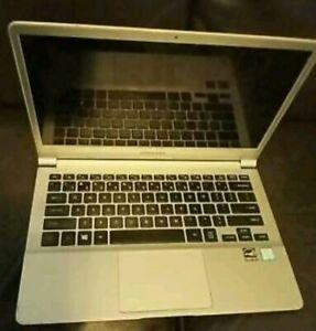 Samsung Notepad/Laptop -Model: NP 900X3L (Core i5/8Gb RAM/256Gb SSD)