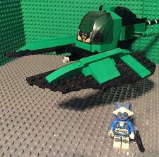 Custom Lego Star Wars Twi'Lek assassin Girl with Green and Black Speeder