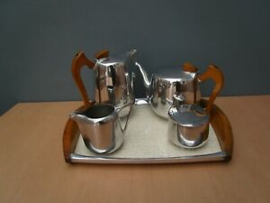 VINTAGE PICQUOT WARE TEA SET ON TRAY