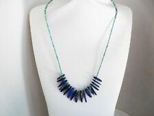 Collier fin ras du cou en turquoise et lapis lazuli