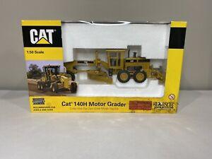 Caterpillar 140H Motor Grader Machines Norscot 1/50th Scale Die-Cast Model