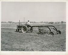 USA c. 1950 - Tractor Farmall - USA 69