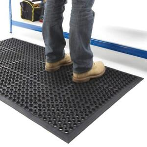 Large Anti Slip Mat Industrial Rubber Matting Safety With Holes Outdoor Indoor