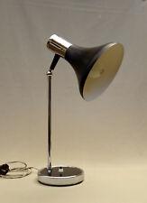 TRES JOLIE LAMPE VINTAGE SIXTIES, DESIGN ITALIEN, METAL LAQUE NOIR et CHROME