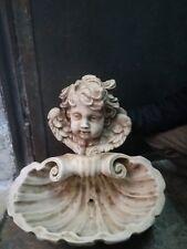 Antica fontana in marmopietra
