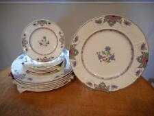 Wedgwood Saxon creamware THIRTEEN plates, dinners and breads, A7456  starter set