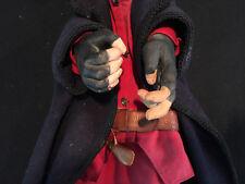 4 kunstvoll geschnitzte venezianische Hand-Spielpuppen / Commedia del Arte