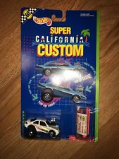 Hot Wheels 1990 Super California Custom Laguna Lightning # 9157 NOC
