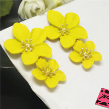 New Betsey Johnson Yellow Enamel Cute Flower Fashion Stand Earrings Gift