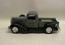 1938 Dodge Pickup Green 1:32 Die-Cast Signature Models 32392
