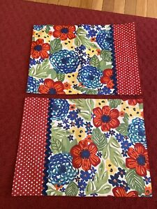 SET OF PIONEER WOMAN REVERSIBLE PLACEMATS  RED BLUE FLORAL POLKA DOTS EUC