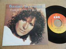 "DISQUE 45T DE BARBRA STREISAND  "" COMIN' IN AND OUT OF YOUR LIFE """