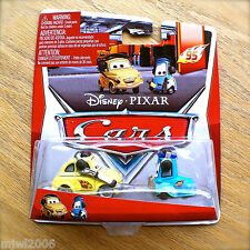 Disney PIXAR Cars RACE TEAM LUIGI & GUIDO WITH HEADSETS 95 PIT CREW 4&/5 diecast