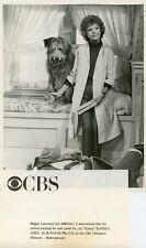 JO DEWINTER AND DOGGIE PORTRAIT GLORIA TV SHOW ORIGINAL 1983 CBS TV PHOTO