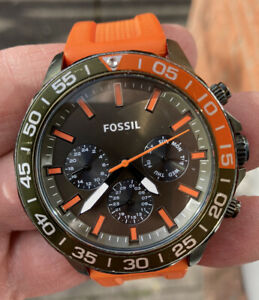 MENS  FOSSIL BQ-2500 SILICONE STRAP WATCH FULLY RUNNING LOVELY ORDER FOSSL TIN