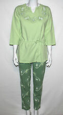 NEW Sunberry Size XS Printed V-neck Anorak Top & All Over Print Slim Pant GREEN