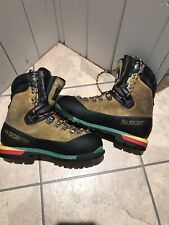 La Sportiva Nepal Extreme Mountaineering boots size 43 1/2 With Green Superfeet