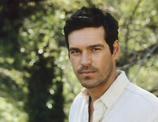 Eddie Cibrian UNSIGNED photo - 8916 - Third Watch, Sunset Beach & CSI: Miami