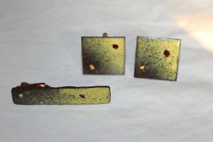 Enamel & Copper Vintage UNBRANDED Cuff Links and tie bar YELLOW