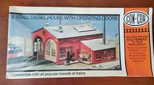 Con-Cor #9028 HO Scale 2 Stall Diesel House w/ Operating Doors Building Kit New