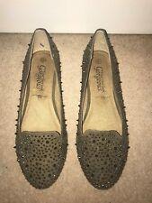* Nuevo * embellecido con tachuelas en gris taupe Spike Slipper Zapatos Planos UK 4 Nuevo Look