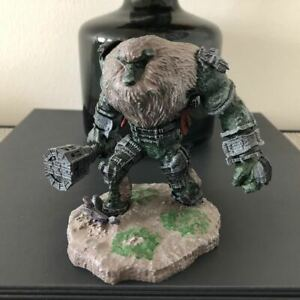 Official Sony PlayStation Shadow Of The Colossus Collector's Edition Statue