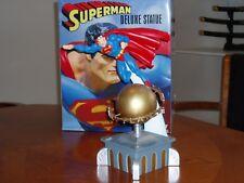 Superman Statue (Justice League of America)