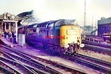 PHOTO  1981 DELTIC NO 55016 LEAVING NEWCASTLE CLASS 55 'DELTIC' DIESEL LOCO NO 5